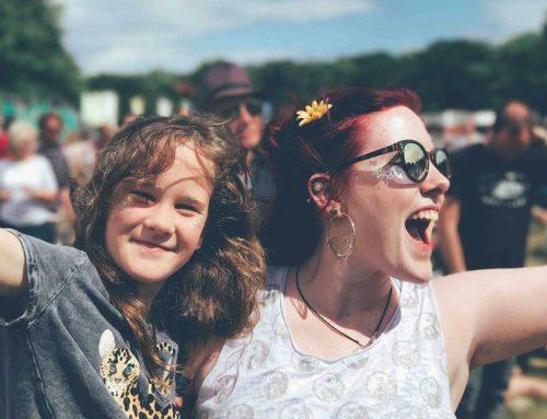 7 dolog, amit meg kell tenned a fesztiválokon a hallásodért!