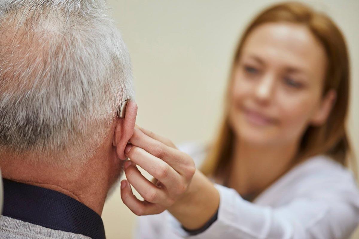 Mitől lesz sikeres a halláscsökkenés kezelése? Ismerd meg a fokozatosság elvét!
