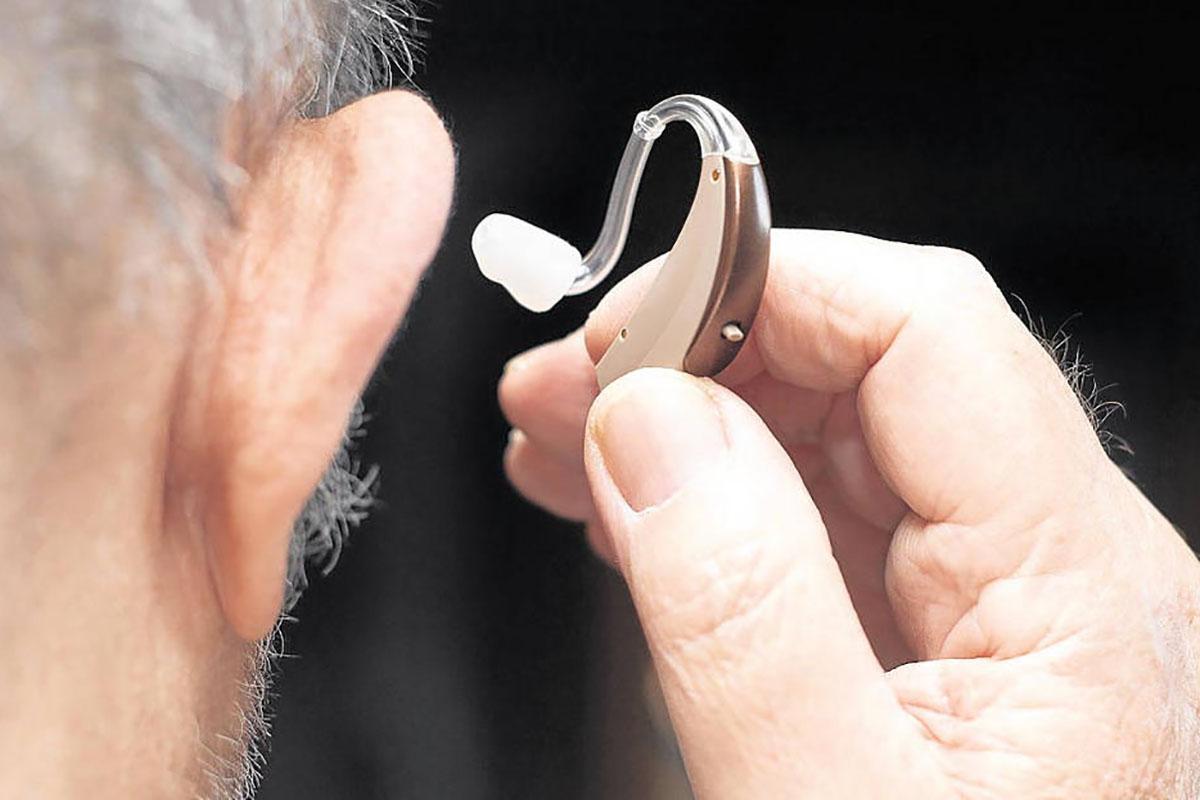 Már van hallókészülékem